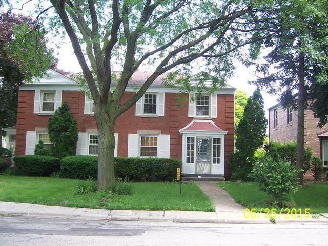 property_image - Duplex for rent in Lincolnwood, IL